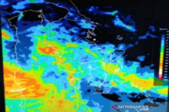 BMKG Kendari: Waspadai hujan lebat disertai angin kencang
