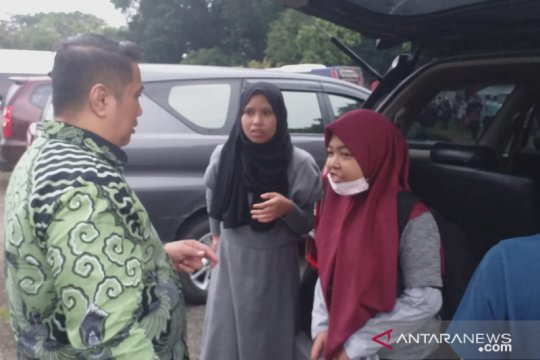 Tiga mahasiswa asal Sulteng diberangkatkan ke Palu