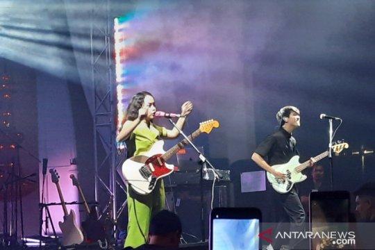 Konser di Jakarta, Svmmerdose singgung isu pencarian jati diri