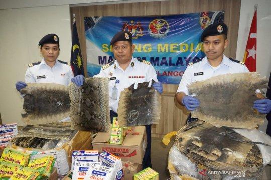 APMM Selangor gagalkan penyelundupan kulit ular dan biawak ke Malaysia