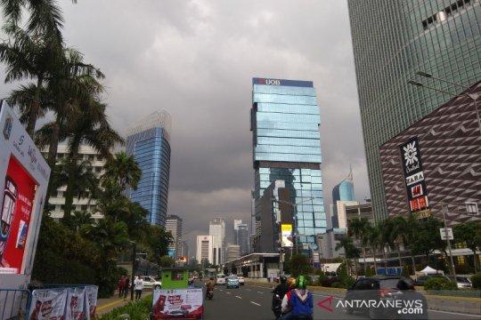 BMKG imbau warga Jakarta waspada hujan disertai angin dan petir