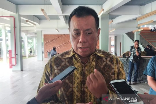 Rektor UI Ari Kuncoro mundur dari dewan komisaris bank BRI