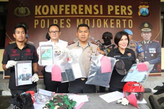 Mengelabui 4 janda, seorang TNI gadungan ditangkap