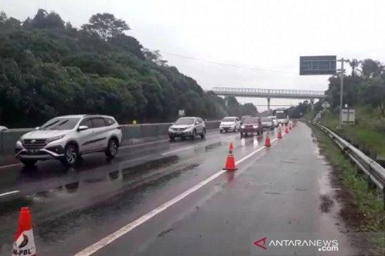 Polisi pastikan arus kendaraan di Tol Cipularang KM 118 kembali normal