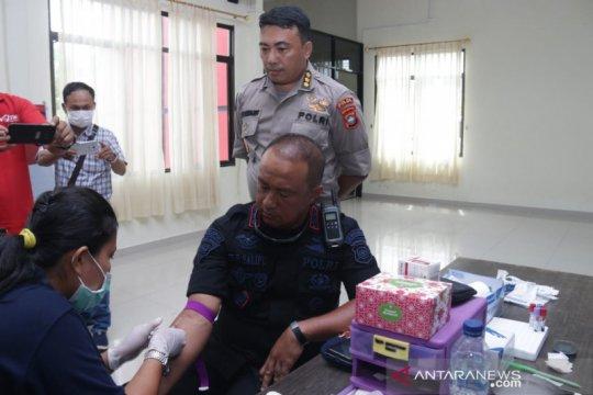 Polda Kepri cek kesehatan personel yang selesai bertugas di Natuna