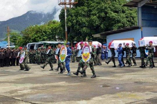 Satu jenasah personel TNI AD korban Mi-17 akan diberangkatkan ke Belu