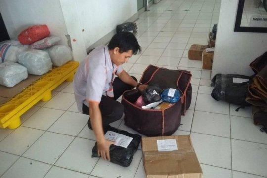 Kiriman paket di Kantor Pos Rangkasbitung dijamin bebas COVID-19