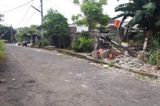 Warga Taman Pondok Cabe tolak jalan perumahan jadi akses pembangunan