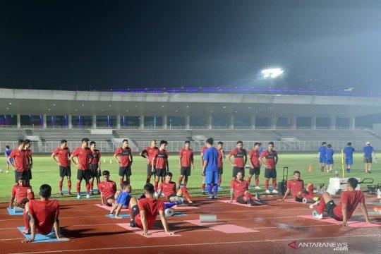 Disiplinkan pemain timnas, Shin Tae-Yong atur seragam hingga makanan