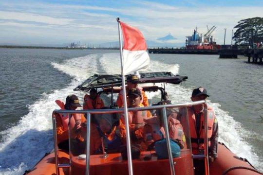 Basarnas: Korban tenggelam di Pantai Kali Empat masih dalam pencarian