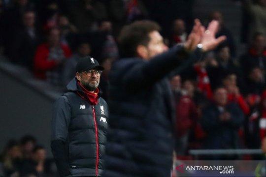 Klopp ogah tiru gestur Simeone pancing semangat suporter