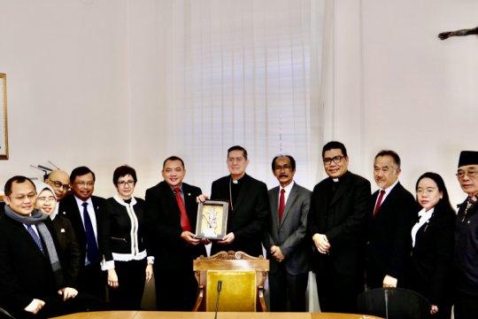 Delegasi badan sosialisasi MPR RI berkunjung ke Vatikan