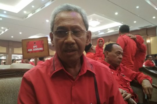 Bupati Husni Jibril ikhlas tak maju lagi Pilkada Sumbawa