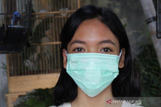 Kemarin, stok bahan baku masker menipis hingga tawuran Cempaka Putih