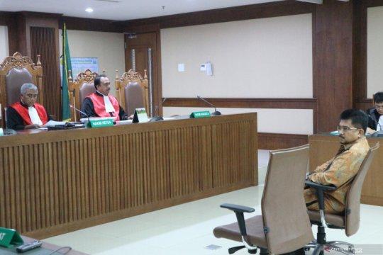 Kepala kantor pajak didakwa terima suap-gratifikasi Rp2,3 miliar