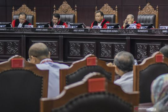 Presiden diminta dihadirkan di MK untuk perkara revisi UU KPK