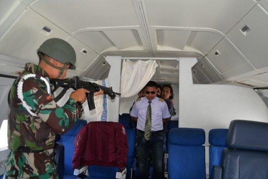 TNI AU gelar latihan penurunan paksa pesawat asing di Lanud SIM