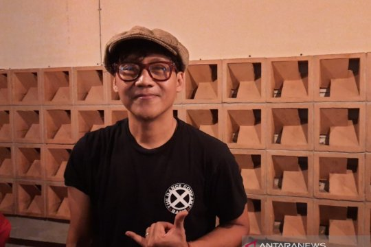Nugie kritik jalur sepeda di Jakarta