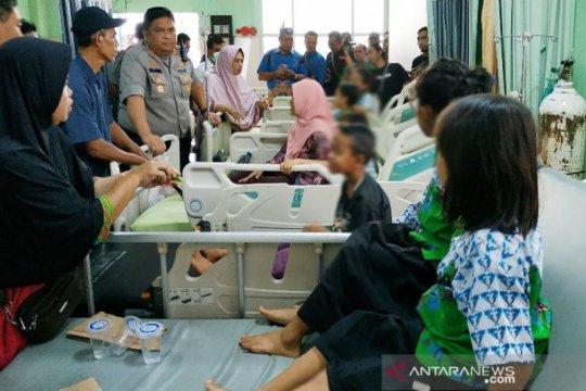 Murid dan guru SDN 5 Baamang di Sampit keracunan kue ulang tahun