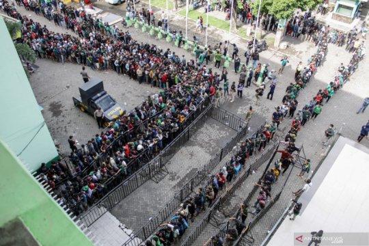 Penjualan tiket final Piala Gubernur Jawa Timur