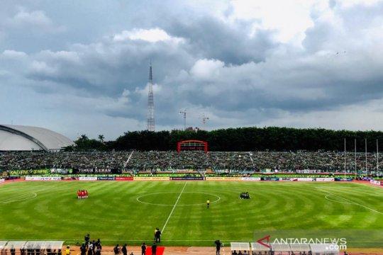 Persebaya vs Persija 1-1 pada babak pertama final Piala Gubernur Jatim