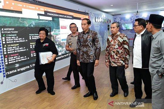 Tiba di Riau, Presiden tinjau posko penanganan karhutla