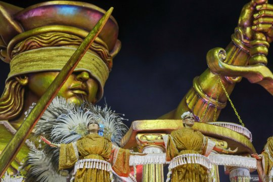 Karnaval Sao Paulo ditunda sampai 2021 akibat corona