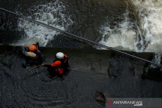 Satu lagu korban insiden kecelakaan sungai SMPN 1 Turi ditemukan