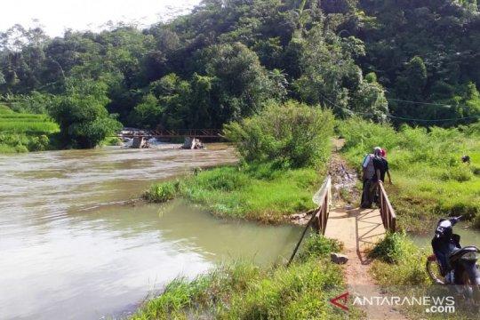 Tim gabungan lakukan metode sisir sungai temukan korban