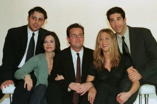 "HBO Max kembali tunda syuting dan rilis edisi reuni ""Friends"""