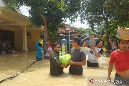 Warga terdampak banjir di Pamekasan capai 1.600 KK