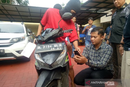 Empat pencuri di Lapangan Banteng dibekuk polisi