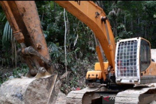 Gakkum LHK Wilayah Sulawesi tangkap lima pelaku tambang emas ilegal