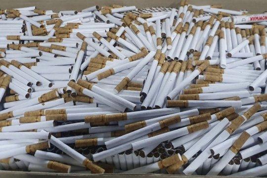 Bea Cukai gerebek gudang penyimpanan rokok ilegal di Kabupaten Malang
