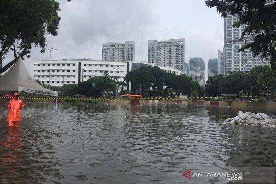 Underpass Kemayoran tenggelam, diperkirakan capai 7 meter