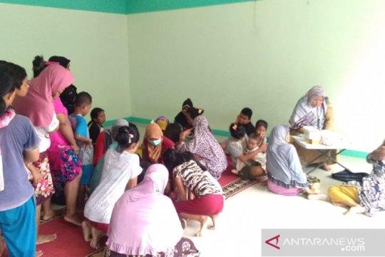 Posko-posko kesehatan disiagakan di daerah banjir Tangerang