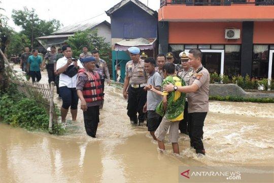 Banjir di Subang sebabkan ribuan warga mengungsi