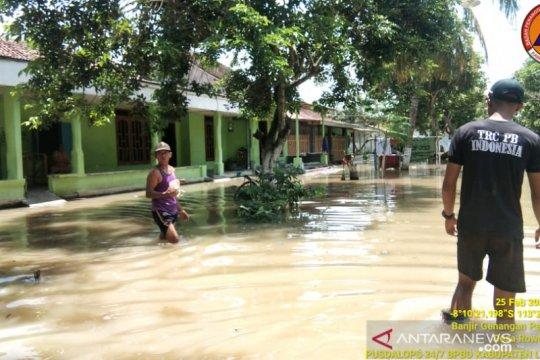 Ratusan KK terdampak banjir di Desa Rowokangkung Lumajang, sebut BPBD