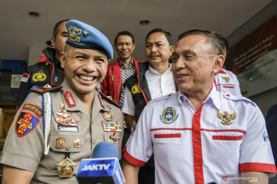 Komisioner Kompolnas: Sah jika Polri awasi dan lindungi tim nasional