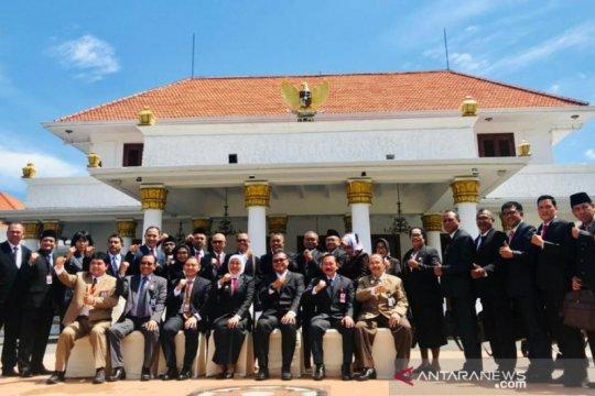 Gubernur Jatim ingatkan digital IT untuk peningkatan kapasitas ASN