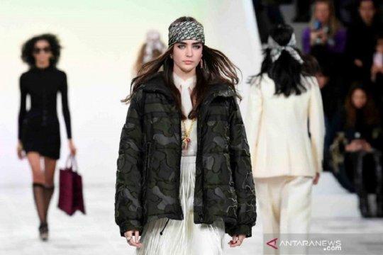Dior akan gelar fashion show tanpa penonton barisan depan