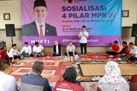 Legislator Mufti minta Mendag benahi distribusi sebelum impor