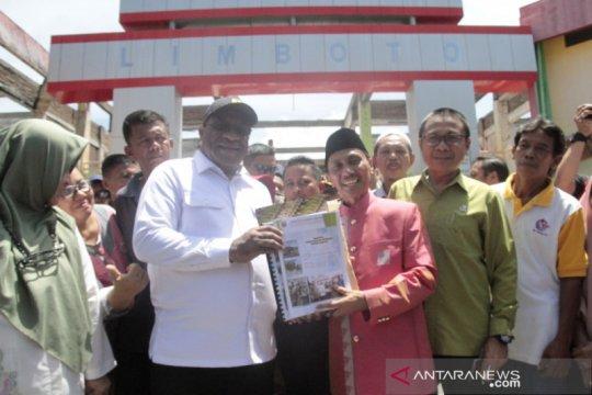 Wamen PUPR tinjau pasar yang terbakar di Gorontalo