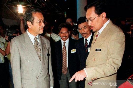 Monarki Malaysia akan cari jalan keluar dari kekacauan politik