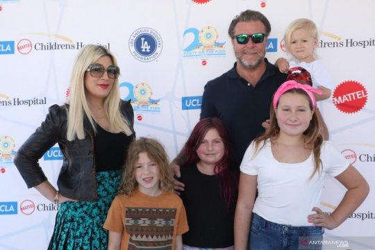 Tori Spelling bicara soal anak-anaknya yang dirundung