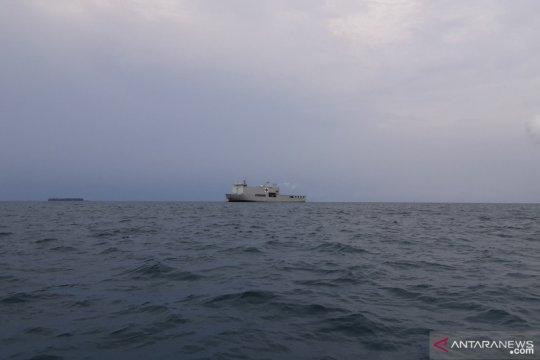 KRI dr Soeharso-990 tiba di Pulau Sebaru