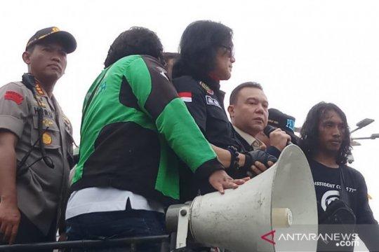 Pimpinan DPR janji akan libatkan komunitas ojol bahas RUU Omnibus Law