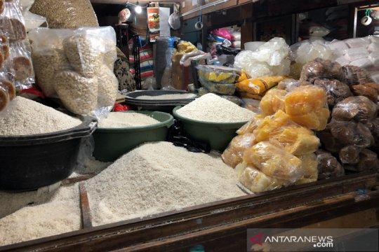 Stok pangan di Yogyakarta cukup dan permintaan cenderung turun