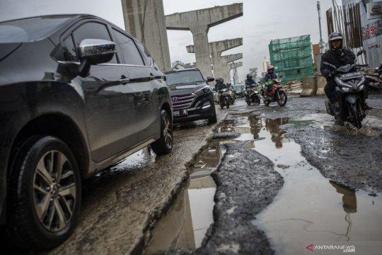 Bina Marga sebut ada 3.290 titik lubang jalan akibat hujan