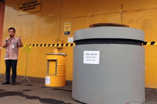 Batan lakukan kompaksi hingga imobilisasi olah limbah radioaktif